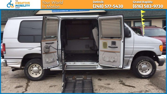 2006 Ford Econoline Cargo  Wheelchair Van For Sale