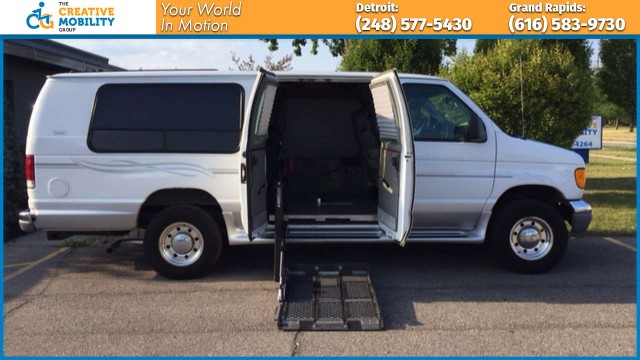 2004 Ford Econoline Cargo  Wheelchair Van For Sale